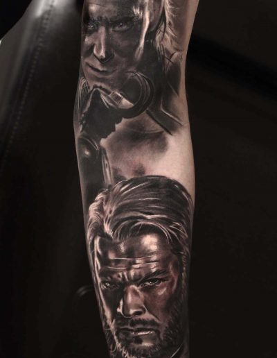 Silvano Fiato Thor Loki Tattoo Realism Avengers copia